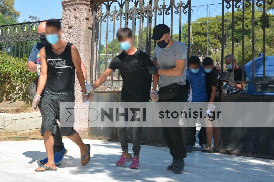 Προφυλακιστέοι και οι 6 κατηγορούμενοι για εμπρησμό του ΚΥΤ Μόριας