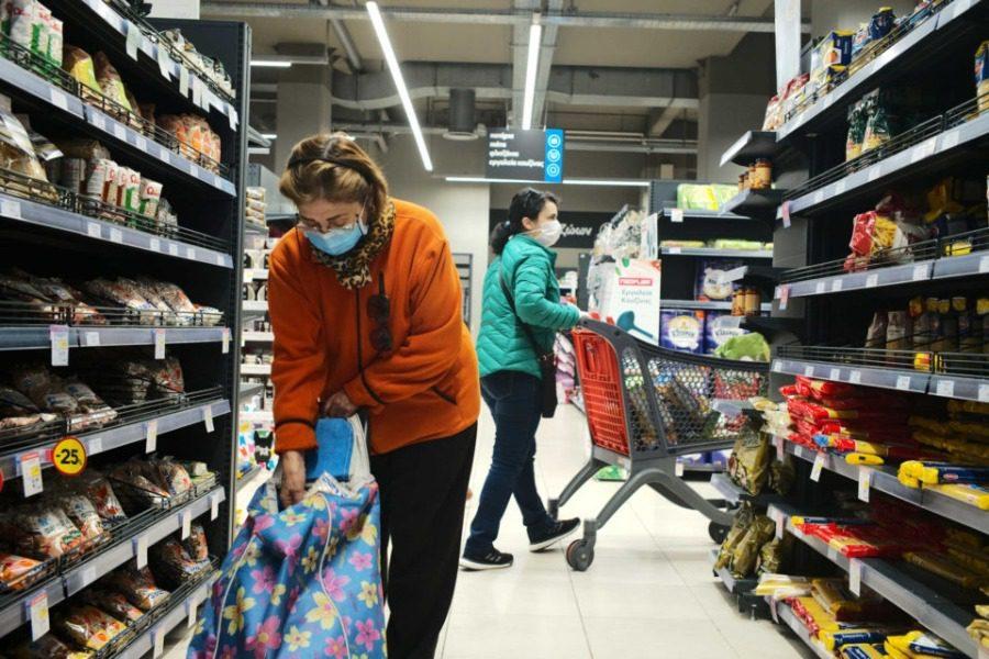 Υποχρεωτική πλέον η χρήση μάσκας στα σούπερ μάρκετ