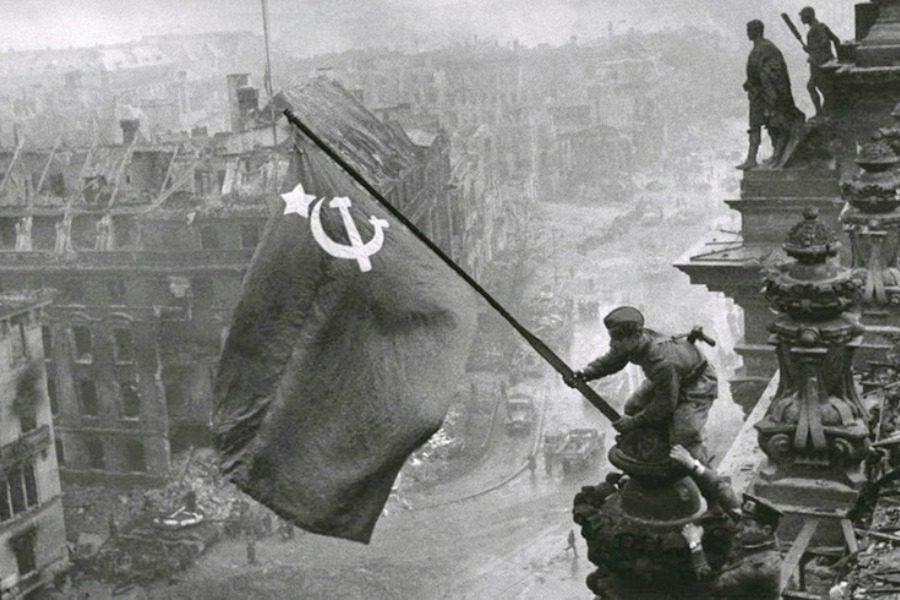 «Ο σοσιαλισμός είναι το φωτεινό μέλλον της ανθρωπότητας»