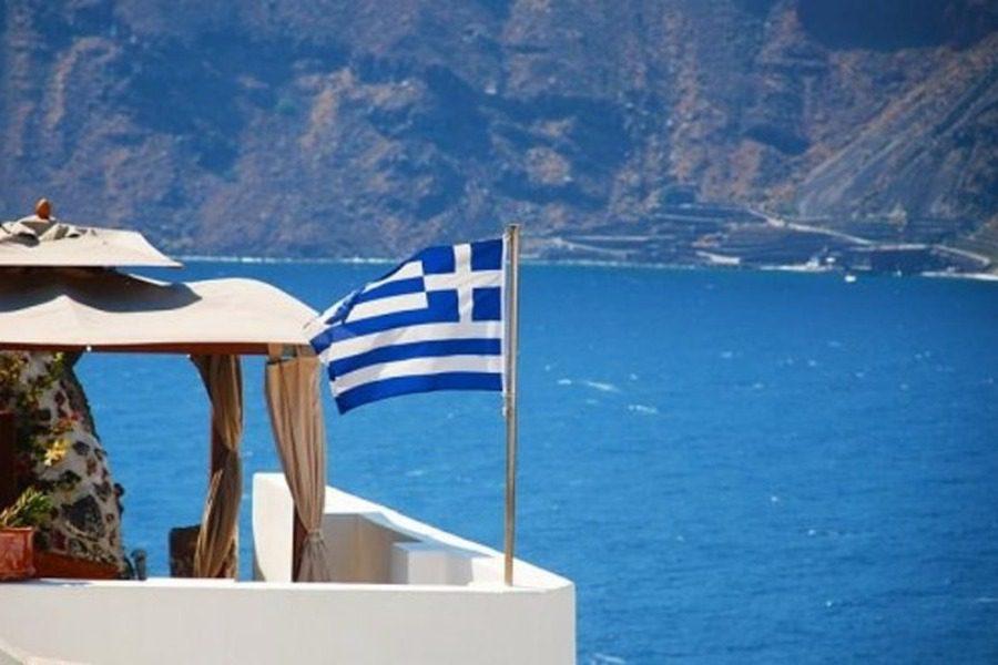 Δεν μπαίνει στην «πράσινη» λίστα της Βρετανίας η Ελλάδα
