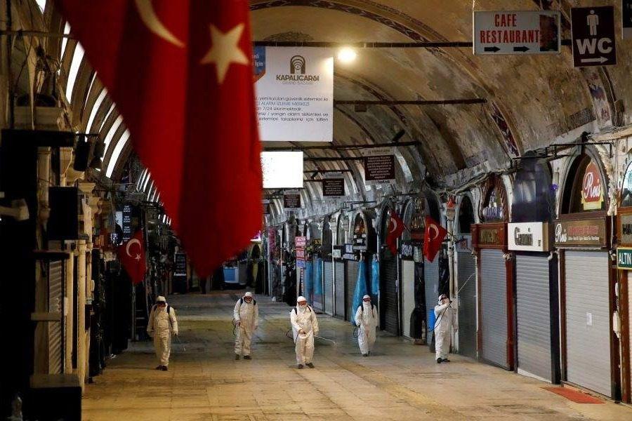 Ξεπέρασαν τα 100.000 τα κρούσματα κορoνοϊού στην Τουρκία