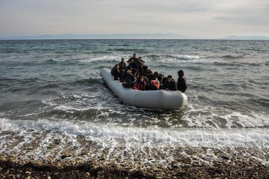 Συγκέντρωση μεταναστών στις απέναντι ακτές