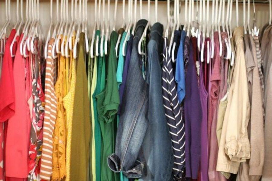 Χαριστικό‑ανταλλακτικό παζάρι ρούχων για αγόρια και κορίτσια